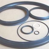 Elastomer- und andere Ringe und -teile