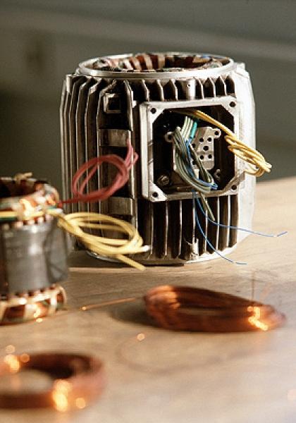 Schleicher GmbH Elektromaschinen - Elektroantriebe
