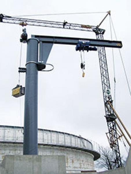 Säulenkran - Säulenkran: Fertigung, Lieferung und Montage eines vollautomatisierten Säulenschwenkkrans für diverse Biogasanlagen.